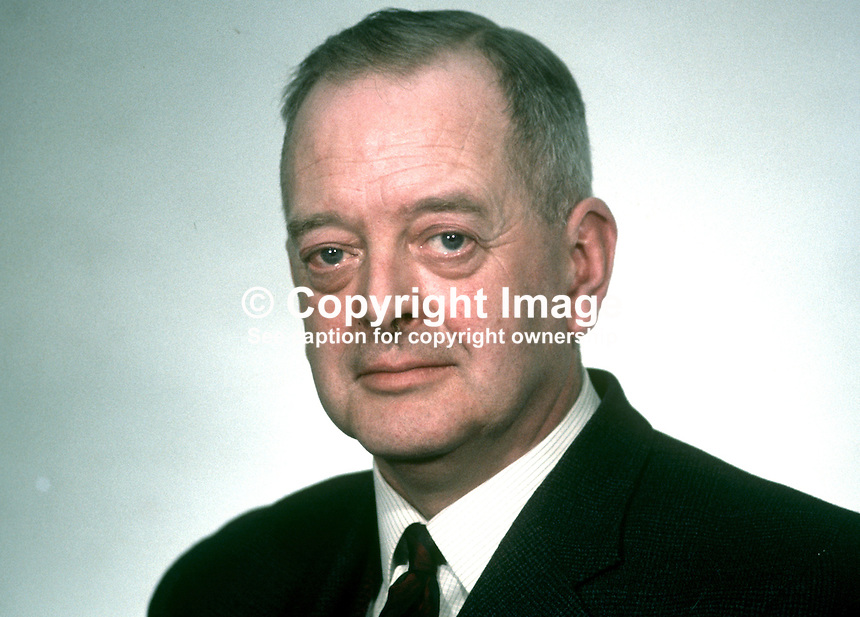 William Fyffe, aka Billy Fyffe, MP, Ulster Unionist, North Tyrone, freelance journalist, Strabane, Co Tyrone, N Ireland, 196902000057WF2..Copyright Image from Victor Patterson, 54 Dorchester Park, Belfast, United Kingdom, UK...For my Terms and Conditions of Use go to http://www.victorpatterson.com/Victor_Patterson/Terms_%26_Conditions.html