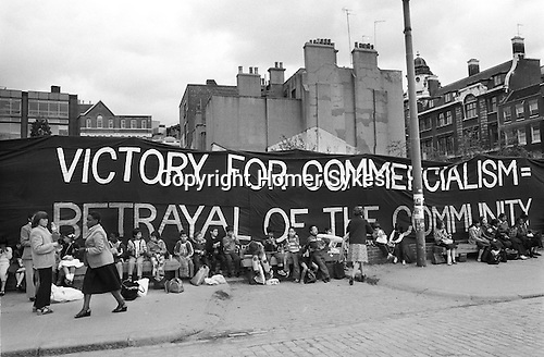 Opening of the new Covent Garden Piazza in June 1980 the old fruit and vegetable market that had served Londoners for hundreds of years was moved to Nine Elms and a modern tourist market was to replace the old. School children take a day off to watch the opening ceremony. ..