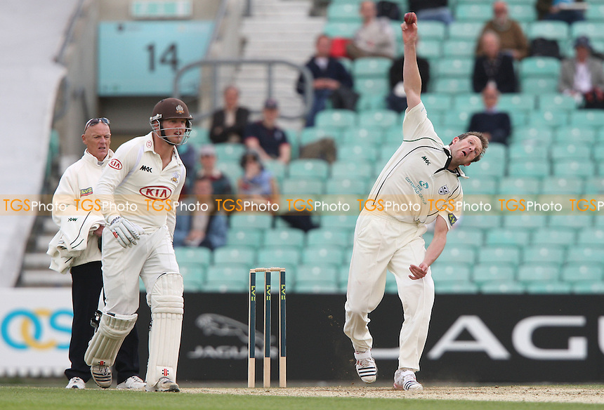 Alan Richardson of Worcestershire in bowling action - Surrey CCC vs Worcestershire CCC, LV County Championship Division 1 at The Kia Oval, Kennington - 22/04/12 - MANDATORY CREDIT: Rob Newell/TGSPHOTO - Self billing applies where appropriate - 0845 094 6026 - contact@tgsphoto.co.uk - NO UNPAID USE..