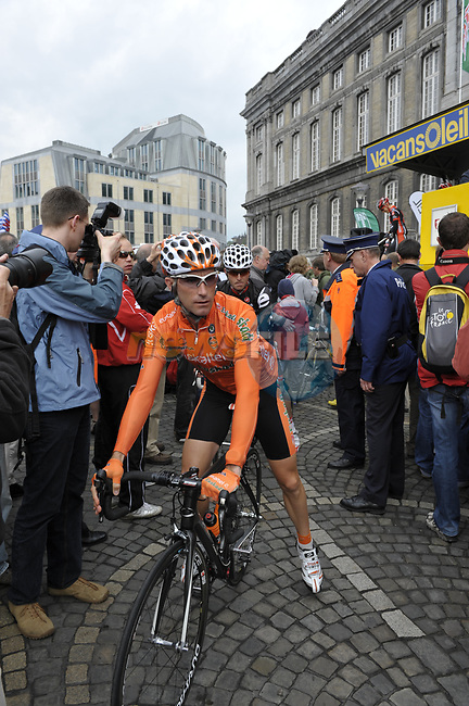 Euskaltel team rider Inaki Isasi (ESP) at sign on before the start of the 95th running of Liege-Bastogne-Liege cycle race, 26th April 2009 (Photo by Eoin Clarke/NEWSFILE)