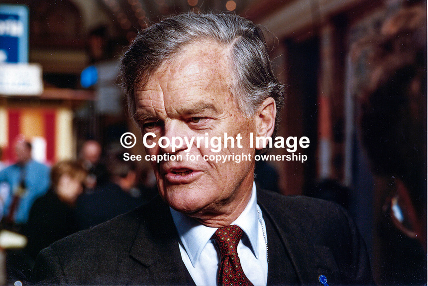 Alan Clark, MP, Conservative Party, UK, 19971032AC..Copyright Image from Victor Patterson, 54 Dorchester Park, Belfast, UK, BT9 6RJ..Tel: +44 28 9066 1296.Mob: +44 7802 353836.Voicemail +44 20 8816 7153.Skype: victorpattersonbelfast.Email: victorpatterson@mac.com.Email: victorpatterson@ireland.com (back-up)..IMPORTANT: If you wish to use this image or any other of my images please go to www.victorpatterson.com and click on the Terms & Conditions. Then contact me by email or phone with the reference number(s) of the image(s) concerned.