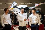 MADRID (05/04/2010).- Presentation of Team Jack&Jones by Antonio Banderas Racing at Teatro Compac Gran Via. Pictured Kenny Noyes, Antonio Banderas and Joan Olive...Photo: Cesar Cebolla / ALFAQUI.