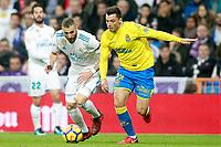Real Madrid's Karim Benzema (l) and UD Las Palmas' Ximo Navarro during La Liga match. November 5,2017. (ALTERPHOTOS/Acero)