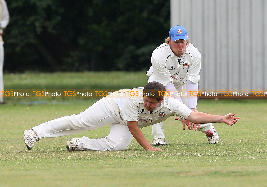 A chance goes down at slip for Hornchurch Athletic - Hornchurch Athletic CC vs Leyton County CC - Lords International Essex Cricket League at Hylands Park - 11/07/09 - MANDATORY CREDIT: Gavin Ellis/TGSPHOTO - Self billing applies where appropriate - 0845 094 6026 - contact@tgsphoto.co.uk - NO UNPAID USE.