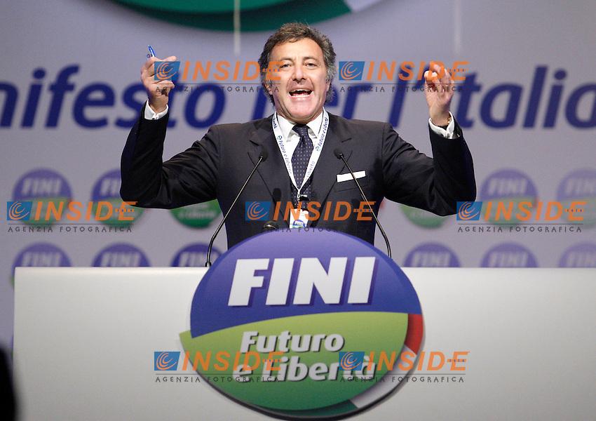 LUCA BARBARESCHI.Bastia Umbra PG 07/11/2010 Prima Convention di Futuro e Liberta' per l'Italia...Photo Zucchi Insidefoto