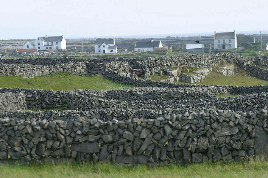 village de Kilmurvy. Ile d'Inishmore. Irlande