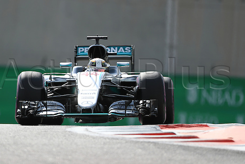 25.11.2016. Abu Dhabi, UAE. Formula 1 Grand Prix of Abu Dhabi. Free Practise.  Mercedes AMG Petronas W07 Hybrid – Lewis Hamilton