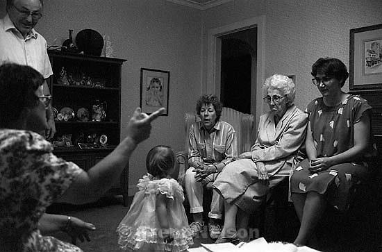 Garry McMahon, Jolane Robinson, Dawn McMahon, Allie Robinson, Michelle Caldwell at the Robinson home<br />