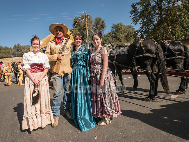 The Eddie Oneto family, Days of '49 wagon train at their start, Cooper Vineyards, Shenandoah Valley, Calif.<br /> <br /> Diamond Jubilee commemoration of the founding of Amador County in 1854