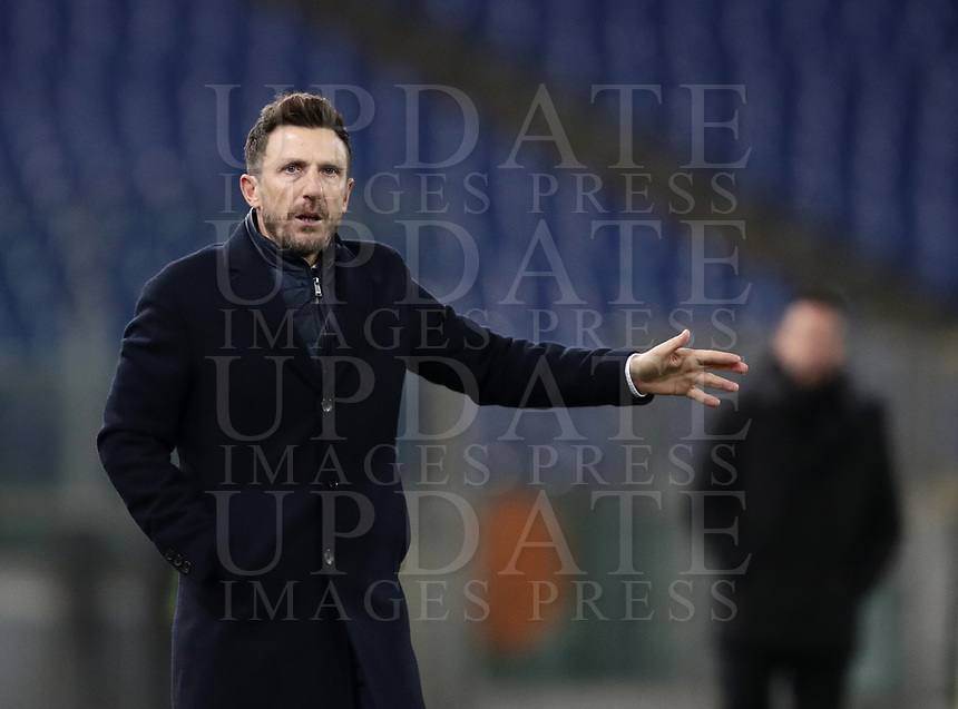 Football, Serie A: AS Roma - US Sassuolo, Olympic stadium, Rome, December 26, 2018. <br /> AS Roma's coach Eusebio Di Francesco gestures during the Italian Serie A football match between Roma and Sassuolo at Rome's Olympic stadium, on December 26, 2018.<br /> UPDATE IMAGES PRESS/Isabella Bonotto