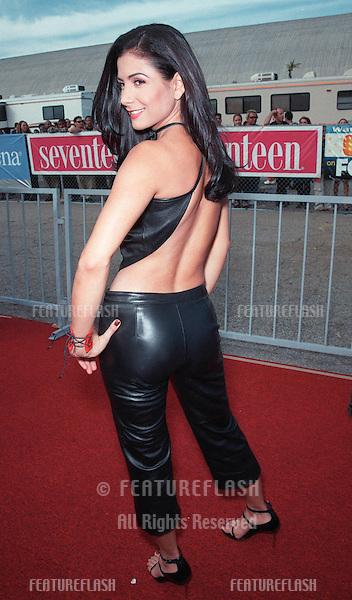01AUG99: Actress PATRICIA MANTEROLA at the 1999 Teen Choice Awards, in Santa Monica..© Paul Smith / Featureflash