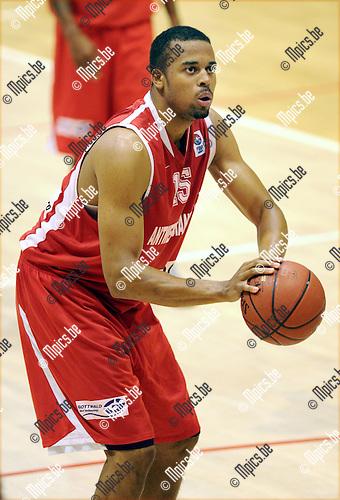 2011-09-10 / Basketbal / seizoen 2011-2012 / Antwerp Giants / Julian Vaughn..Foto: Mpics