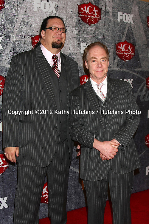 LOS ANGELES - DEC 10:  Penn and Teller arrives to the American Country Awards 2012 at Mandalay Bay Resort and Casino on December 10, 2012 in Las Vegas, NV