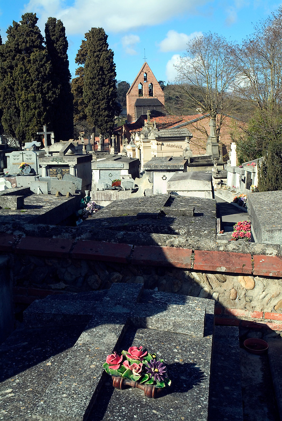 Cimetiére St. Agne, a graveyard behind a small church in Toulouse, France.