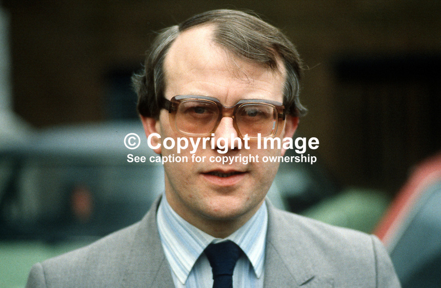 Robert Byers, public relations officer, Church of Ireland, 19840046RB..Copyright Image from Victor Patterson, 54 Dorchester Park, Belfast, UK, BT9 6RJ..Tel: +44 28 9066 1296.Mob: +44 7802 353836.Voicemail +44 20 8816 7153.Skype: victorpattersonbelfast.Email: victorpatterson@me.com.Email: victorpatterson@ireland.com (back-up)..IMPORTANT: If you wish to use this image or any other of my images please go to www.victorpatterson.com and click on the Terms & Conditions. Then contact me by email or phone with the reference number(s) of the image(s) concerned.