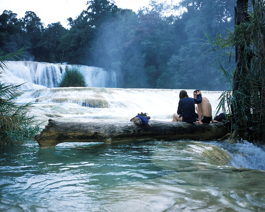 "A couple enjoying a romantic moment at the Agua Azul waterfalls in Chiapas, part of the landscapes of tourism series. Exhibited in the Salon Malafama as part of the ""Vacaciones"" series, Mexico City July, 2006"
