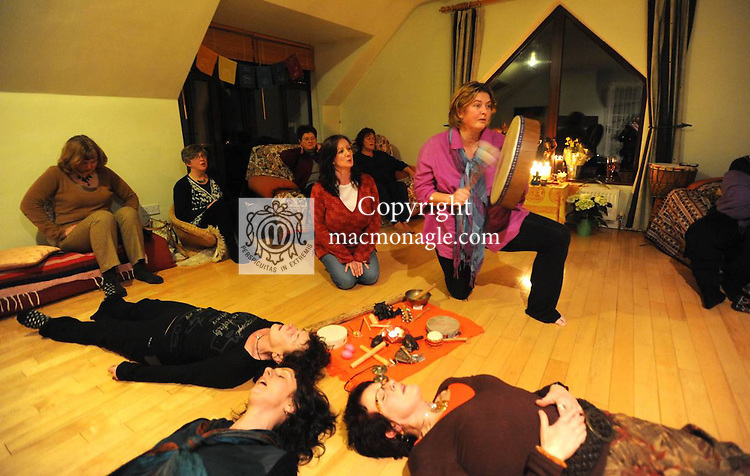 FEELGOOD: At the  free singing  workshop  'Naked Voice'  at Faha, Killarney, were Cleo Murphy and Margot Boerma ((Instructor), with Helen O'Sullivan, Mairead O'Sullivan and  Mary O'Sullivan. Picture: Eamonn Keogh (MacMonagle, Killarney)