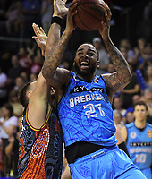 Shawn Long (Breakers) in action during the Australian National Basketball League match between Skycity Breakers and Illawarra Hawks at TSB Bank Arena in Wellington, New Zealand on Thursday, 14 February 2019. Photo: Dave Lintott / lintottphoto.co.nz