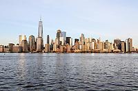JERSEY CITY, NJ, 02.04.2017 - TURISMO-NEW YORK - Vista da Ilha de Manhattan em New York, a partir do Liberty State Park em Jersey City na tarde deste domingo, 02 (Foto: William Volcov/Brazil Photo Press)