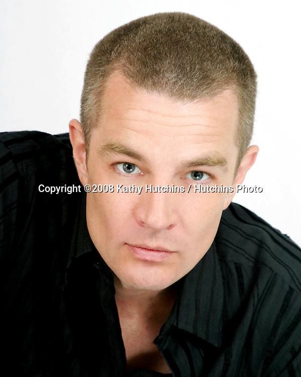 James Marsters.Studio Photo Shoot.Burbank, CA.September 28, 2004.©2008 Kathy Hutchins / Hutchins Photo...                .
