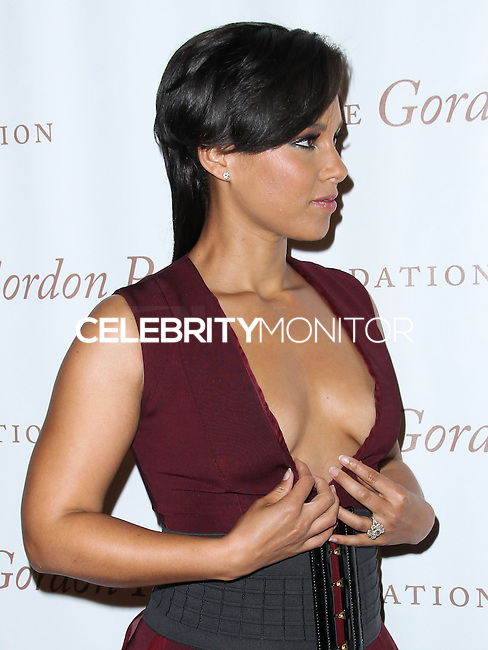 NEW YORK CITY, NY, USA - JUNE 03: Singer Alicia Keys arrives at the 2014 Gordon Parks Foundation Awards Dinner & Auction held at Cipriani Wall Street on June 3, 2014 in New York City, New York, United States. (Photo by Jeffery Duran/Celebrity Monitor)