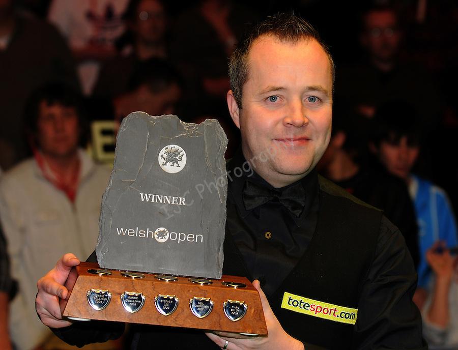 John Higgins with the Welsh open Trophy ..World Snooker - Welsh Open - Sun 31 Jan 2010 - Newport Leisure Centre - Newport. © Ian Cook IJC Photography, 07599826381, iancook@ijcphotography.co.uk,  www.ijcphotography.co.uk, .