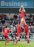Peter OMahoney of Munster wins the line out ball - European Rugby Champions Cup - Sale Sharks vs Munster -  AJ Bell Stadium - Salford- England - 18th October 2014  - Picture Simon Bellis/Sportimage