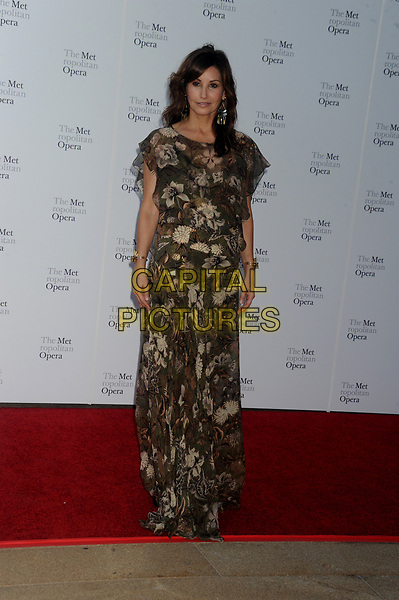 NEW YORK, NY - SEPTEMBER 25: Gina Gershon  attends Metropolitan Opera Opening Night Gala at Lincoln Center on September 25, 2017 in New York City.<br /> CAP/MPI122<br /> &copy;MPI122/Capital Pictures