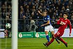 19.12.2017, Veltins-Arena , Gelsenkirchen, GER, DFB Pokal Achtelfinale, FC Schalke 04 vs 1. FC K&ouml;ln<br /> , <br /> <br /> im Bild | pictures shows:<br /> Torschuss Franco Di Santo (FC Schalke 04 #9), <br /> <br /> Foto &copy; nordphoto / Rauch