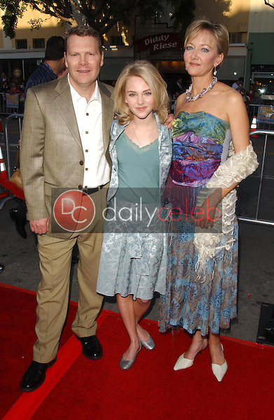 AnnaSophia Robb and guests<br />at the premiere of &quot;The Reaping&quot;. Mann Village Theatre, Westwood, CA. 03-29-07<br />Dave Edwards/DailyCeleb.com 818-249-4998