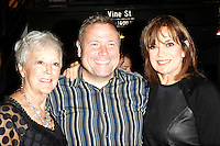 WEST HOLLYWOOD - SEP 21: Darren Julien, Linda Gray at a screening of 'Wally's Will' with Linda Gray to benefit The Actors Fund at a Julien's Auctions on September 21, 2016 in West Hollywood, California