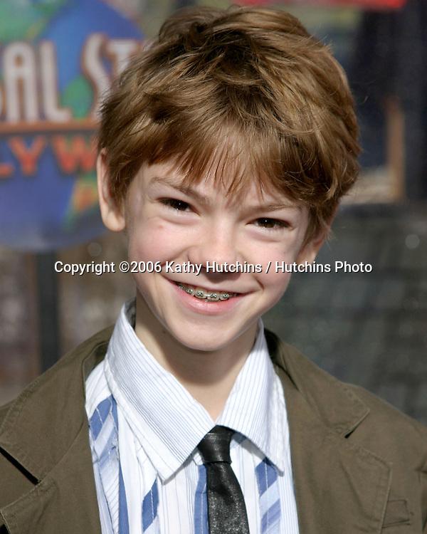 Thomas Sangster.Nanny McPhee Premiere.Universal Studios.Los Angeles, CA.January 14, 2006.©2006 Kathy Hutchins / Hutchins Photo....