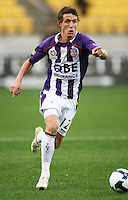 Perth's Scott Neville during the A-League football match between Wellington Phoenix and Perth Glory at Westpac Stadium, Wellington, New Zealand on Sunday, 16 August 2009. Photo: Dave Lintott / lintottphoto.co.nz