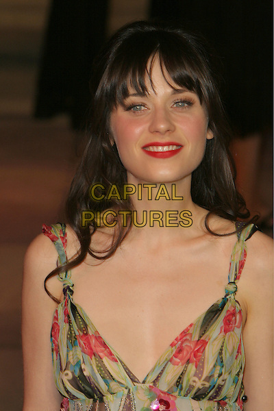 ZOOEY DESCHANEL.2006 Vanity Fair Oscar Party held at Morton's, West Hollywood, California, USA.March 5th, 2006.Photo: Charles Harris/AdMedia/Capital Pictures.Ref: CH/ADM.headshot portrait .www.capitalpictures.com.sales@capitalpictures.com.© Capital Pictures.