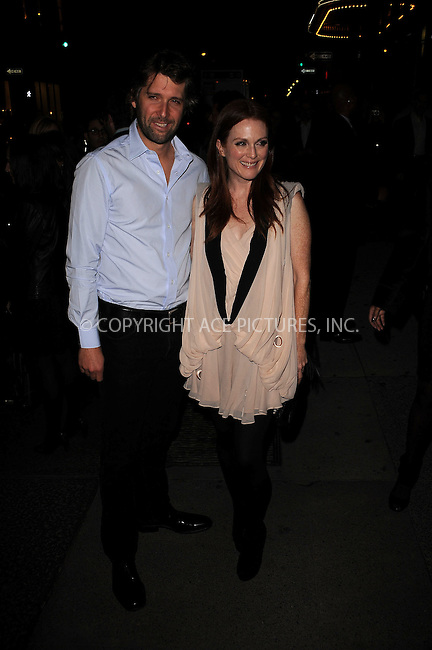 WWW.ACEPIXS.COM . . . . . ....November 15 2009, New York City....Actress Julianne Moore and director Bart Freundlich arriving at The Cinema Society & A Diamond Is Forever screening of 'The Private Lives Of Pippa Lee' at AMC Loews 19th Street on November 15, 2009 in New York City.....Please byline: KRISTIN CALLAHAN - ACEPIXS.COM.. . . . . . ..Ace Pictures, Inc:  ..(212) 243-8787 or (646) 679 0430..e-mail: picturedesk@acepixs.com..web: http://www.acepixs.com