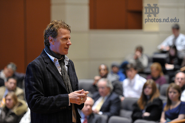 Fred Dust, Partner and Practice Lead for IDEO speaks at Mendoza College of Business Feb. 12, 2010 as part of the 'Ten Years Hence' lecture series...Photo by Matt Cashore/University of Notre Dame