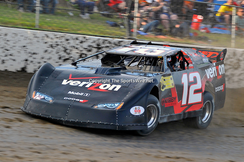 Jun 9, 2010; 7:43:20 PM; Rossburg, OH., USA; The sixth running of the Gillette Fusion ProGlide Prelude to the Dream XVI  Dirt Late Models at the Eldora Speedway.  Mandatory Credit: (thesportswire.net)