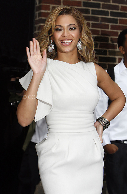 WWW.ACEPIXS.COM . . . . . ....April 22 2009, New York City....Singer and actress Beyonce Knowles made an appearance at the 'Late Show With David Letterman' at the Ed Sullivan Theater on April 22, 2009 in New York City....Please byline: NANCY RIVERA - ACEPIXS.COM.. . . . . . ..Ace Pictures, Inc:  ..tel: (212) 243 8787 or (646) 769 0430..e-mail: info@acepixs.com..web: http://www.acepixs.com