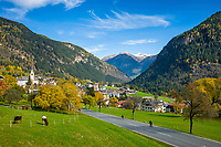 "Oesterreich, Kaernten, Moelltal, Ortschaft Winklern im oberen Moelltal, auch das ""Tor zum Nationalpark Hohe Tauern"" genannt 