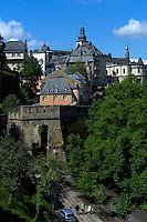 Blick von Corniche auf Altstadt, Stadt Luxemburg, Luxemburg, Unesco-Weltkuturerbe
