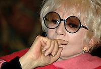 """Roma 06 12 2004Conferenza Stampa per il programma """"Il Teatro in Italia""""<br /> Franca Rame Attrice<br /> Foto Serena Cremaschi Insidefoto"""