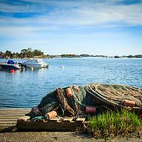 Fiskeredskap på en brygga vid Anarudden på Torö
