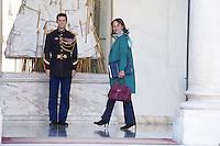 PARIS , PALAIS DE L'ELYSEE LE 18 / 01 / 2017<br /> SORTIE DU CONSEIL DES MINISTRES<br /> SEGOLENE ROYAL , MINISTRE DE L' ENVIRONNEMENT .