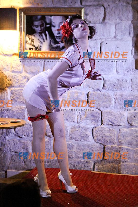 Betty Frizzy Patsy.Parigi 1/2/2012 Studio BB.Burlesque.Foto Insidefoto / Pierre Yves Le Strat  / Panoramic