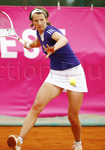 19 05 2010. WTA Womens Open Tennis Strasbourg France.   Kristina Barrois ger sets up for a low forehand return