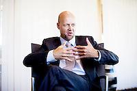 Oslo, Norge, 13.05.2011. Yngve Slyngstad presenterer 1. kvartalsrapporten for  Statens pensjonsfond utland i Norges Banks lokaler i Oslo. Foto: Christopher Olssøn.