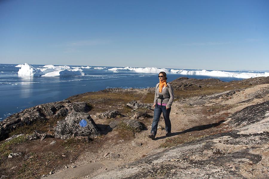Randonnée a Semermiut et dans l'Isfjord ou fjord de glace . Illulissat, Baie de Disko
