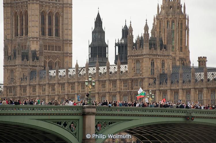 Block the Bridge, Block the Bill.  UK Uncut block Westminster Bridge on the weekend before the second reading of the NHS reform bill in the House of Lords.