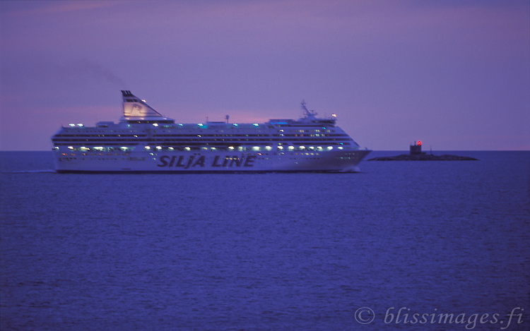 Silja Symphony speeds past Tjärven Lighthouse, Sweden before entering the Sea of Åland on its route from Stockholm to Helsinki.