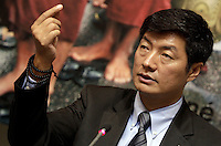 Il Primo Ministro tibetano in esilio Lobsang Sangay durante un incontro presso la sede del Partito Radicale, a Roma, 25 ottobre 2012..Tibet's Prime Minister in exile Lobsang Sangay takes part in a meeting in Rome, 25 October 2012..UPDATE IMAGES PRESS/Riccardo De Luca